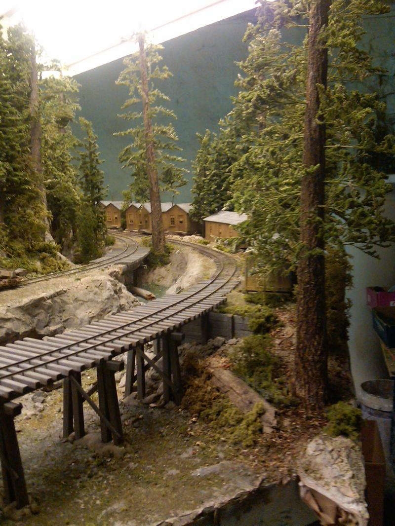 Added Line shed Shed that covers seam and a couple of trees and brush